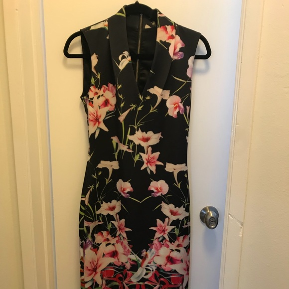 edd88e3b200e Ted Baker MIDI Dress Mirrored Tropical Print Sz 2.  M 5ba6f81ee944ba09f29706ae